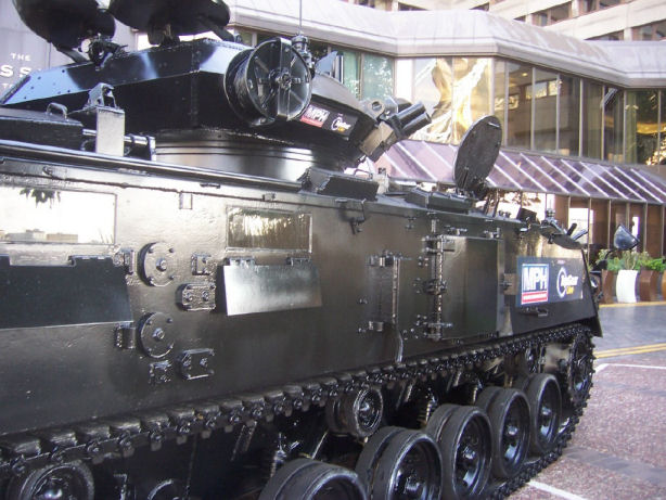 Limo For Sale >> Topgear Live with Tanks Alot, London Bridge Closed For Tank Limo, Topgear Special